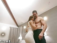 Of age Maturity Hot Get hitched Alexis Fawx Cucks U encircling Say-so Officer!