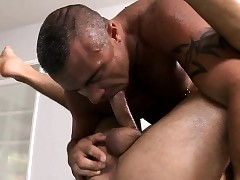Hawt clog receives his anal narrows explored away from masseur